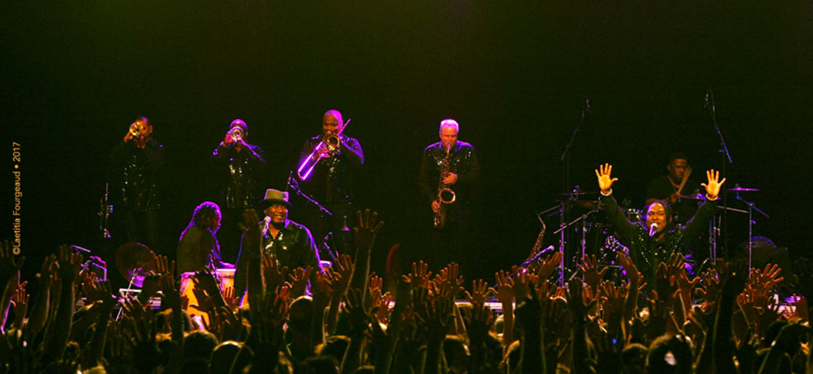Al McKay's Earth Wind and Fire en concert à L'Olympia