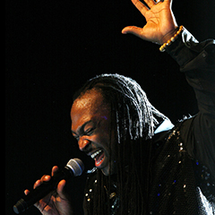 AL MCKAY'S EARTH WIND AND FIRE EXPERIENCE + INCOGNITO